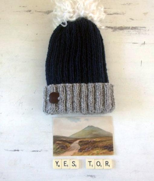 yestor-hat