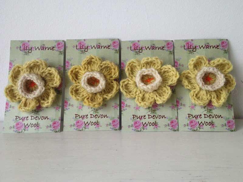 Darling Daffodil Brooch Lily Warne Wool