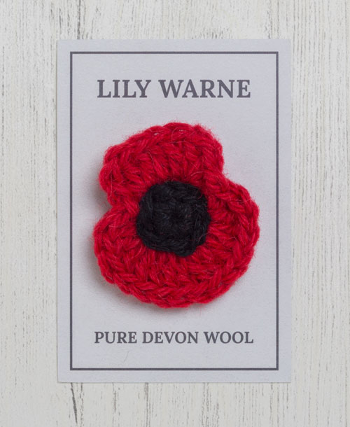 Poppy Brooch in Scarlet